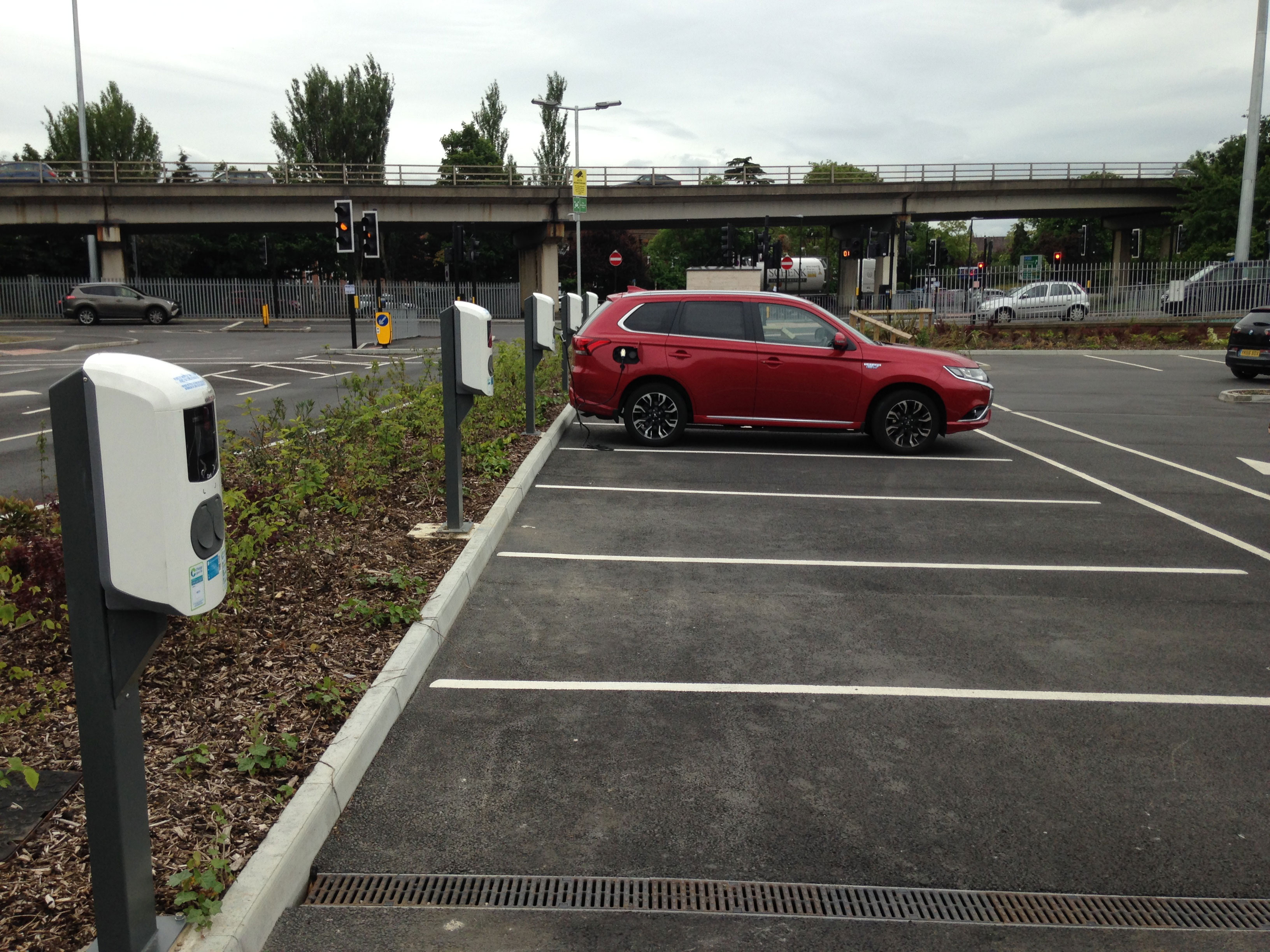 8 New Charge Points for New Malden